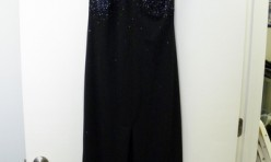 Black dress with Beading Detail and Slit to Knee Size 5/6