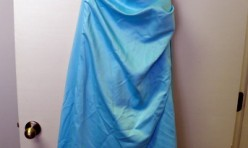 Aqua Strapless gown with side ruching Size 7/8