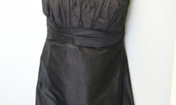 Black silk knee-length strapless dress - Size 6
